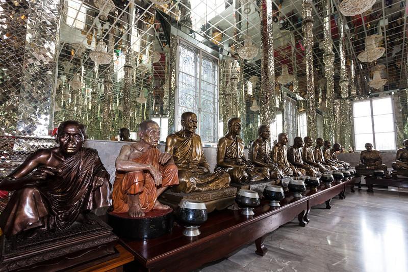 Wat Muang_Ayutthaya (48 of 52).jpg