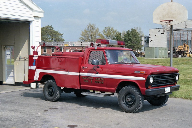 JOHNSON COUNTY INDUSTRIAL AIRPORT   RESCUE   FORD F.jpg
