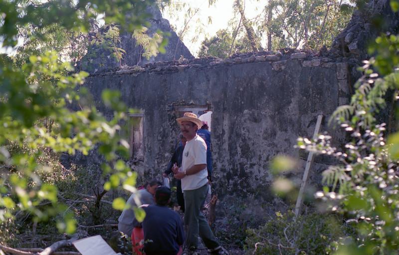 1990-12 7-20 Bahamas.jpg
