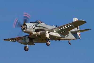 F-AZDP - Douglas AD-4NA Skyraider