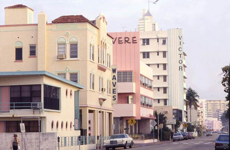 1960 Hotel Victor_K020846.jpg