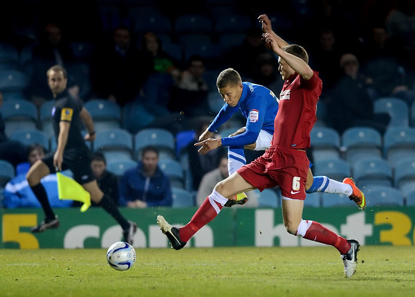 Peterborough United 2 - 2 Charlton Athletic 05.03.13 NO FOOTBALL IMAGES FOR SALE OR REPRODUCTION
