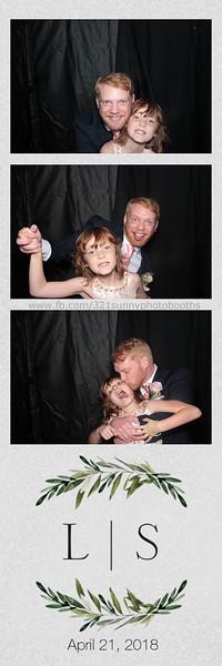 ELP0421 Lauren & Stephen wedding photobooth 72.jpg