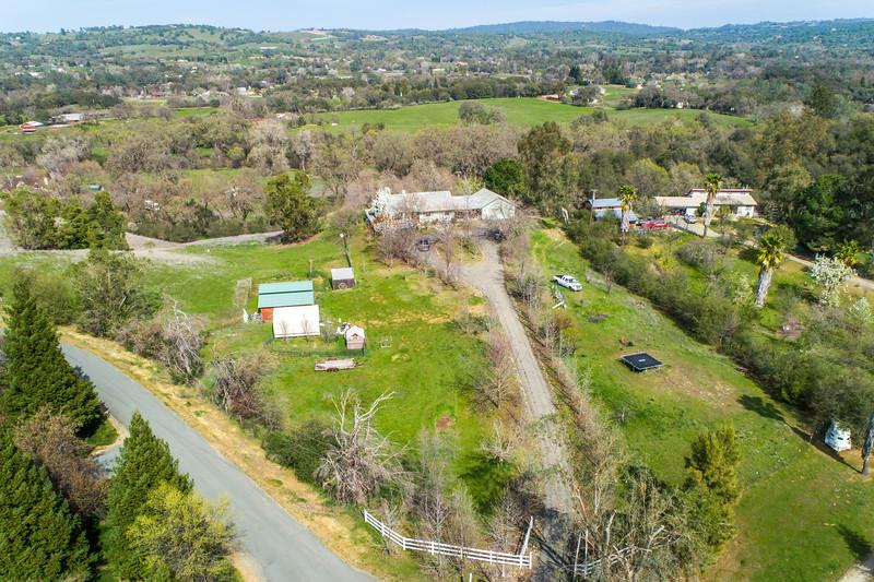 3165 Meadow Creek Ln-1.jpg