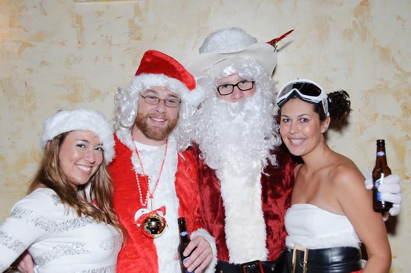 2009 ALS Santa Crawl-52.jpg
