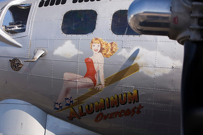EAA B-17 'Aluminum Overcast'