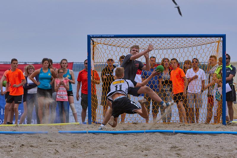 Molecaten NK Beach Handball 2015 dag 2 img 383.jpg