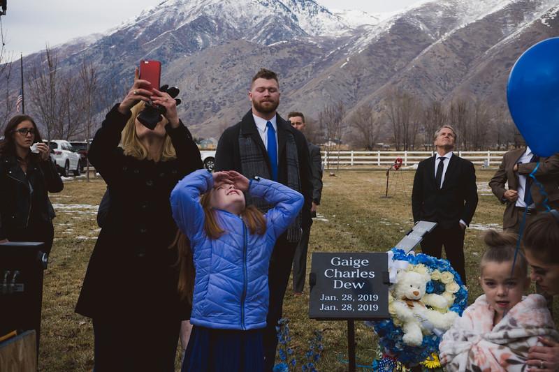 baby dew funeral-118.jpg