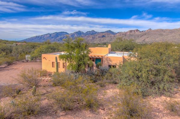 For Sale 4001 N. Half Moon Ln., Tucson, AZ 85749