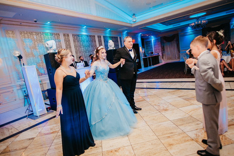 First Dance Images-107.jpg