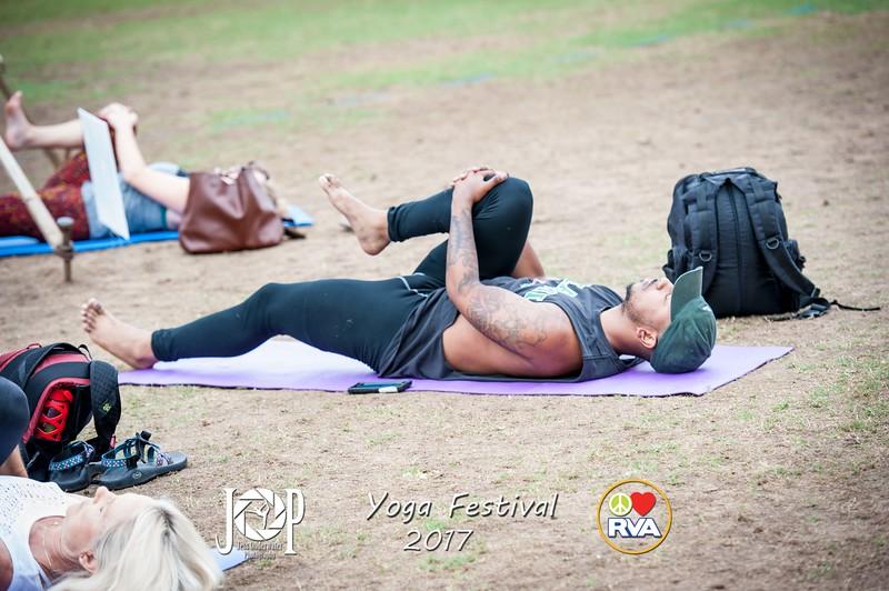 PLRVA_Yoga_fest17_wm-0234.jpg