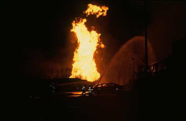 Edison NJ, Durham Woods Gas Pipeline Explosion, 03-24-94