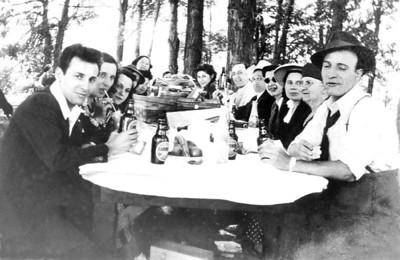 Tom's Family Album Photographs prior to 1955