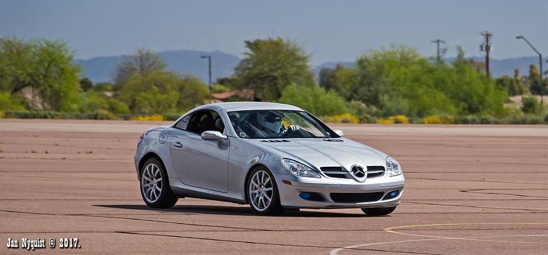 Mercedes-CLK-2558.jpg