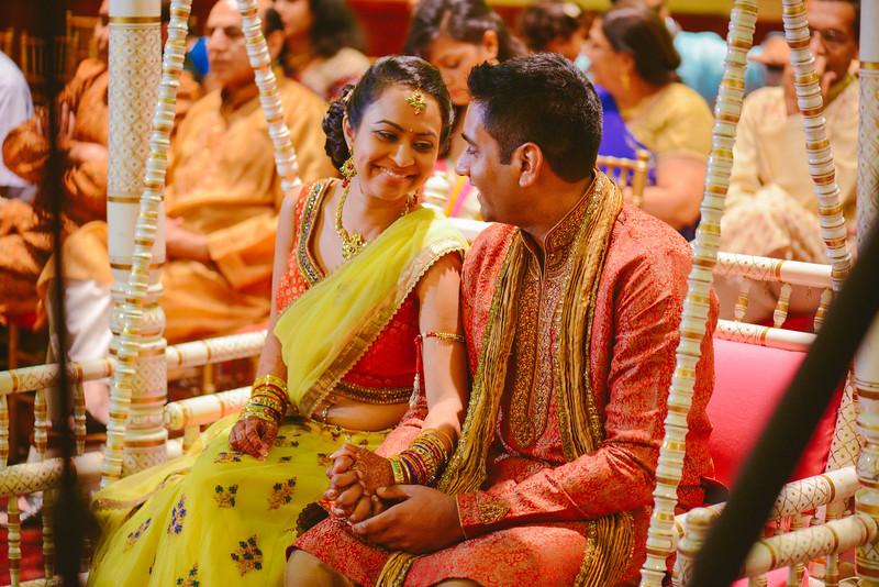 Charmi & Abhi Garba (136 of 578).jpg