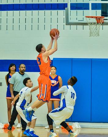 Basketball Varsity Boys vs  Bowie 01-28-14-15