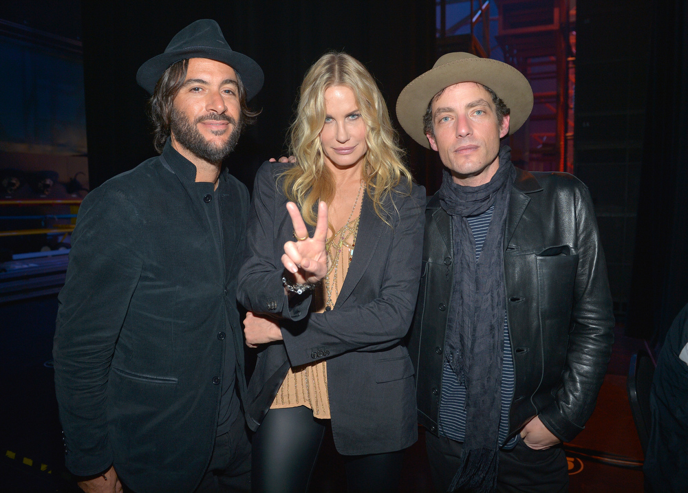 . Rami Jaffee, Daryl Hannah, and Jakob Dylan attend a celebration of Carole King and her music to benefit Paul Newman\'s The Painted Turtle Camp at the Dolby Theatre on December 4, 2012 in Hollywood, California.  (Photo by Charley Gallay/Getty Images for The Painted Turtle Camp)