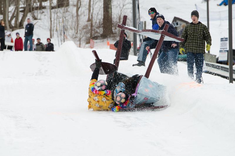 Carnival-Sunday-2014_Snow-Trails_0399.jpg