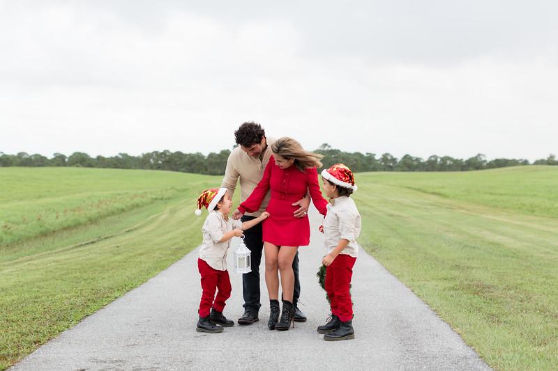 Augustin Family Holiday 2020-70.jpg