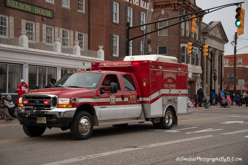 2019_Salem_NJ_Christmas_Parade_142.JPG
