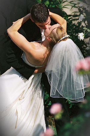Mr. & Mrs. Jonathan Hamblin -May 21, 2005