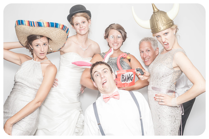 Laura+Ross-Wedding-Photobooth-163.jpg