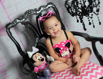 ALIAH - MINNIE MOUSE