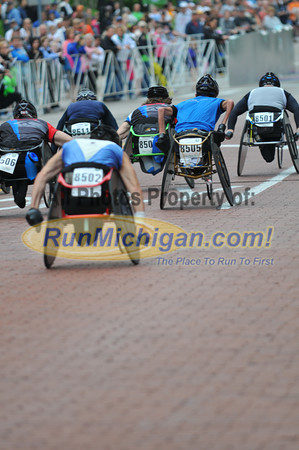 Wheelchair and Handcycle 25K Start - 2012 Fifth Third River Bank Run