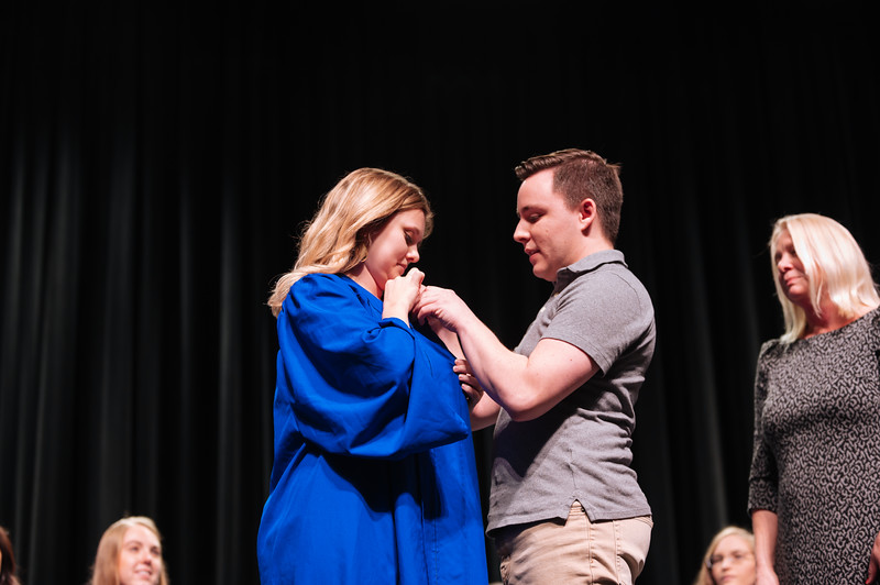20191213_Nurse Pinning Ceremony-3205.jpg
