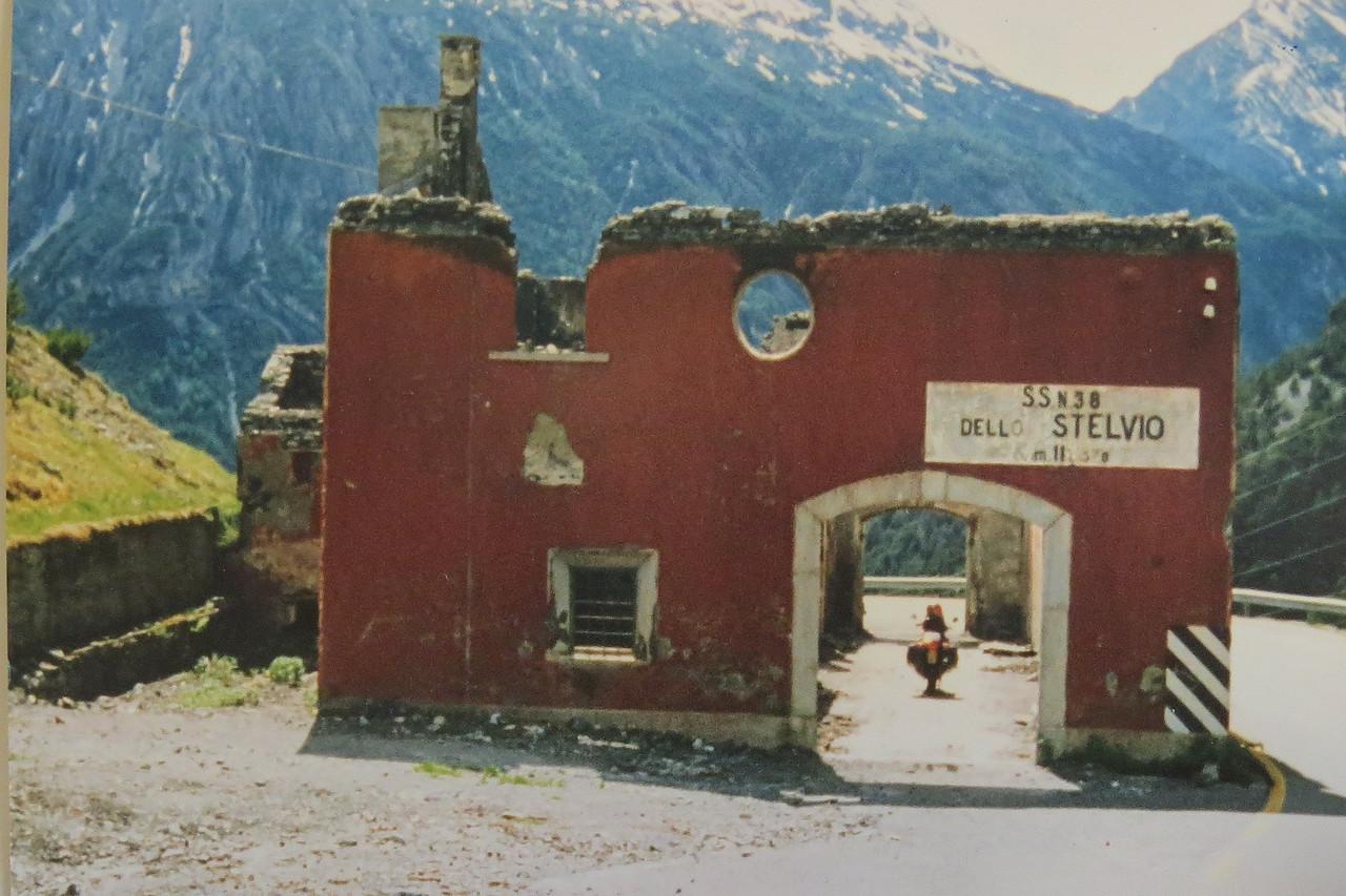 Stelvio. Ruine van Casa Cantoniera