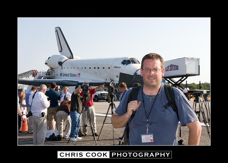 STS-135-landing-25.jpg