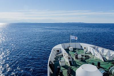 Les Iles se dessinent à l'horizon