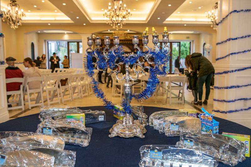 Brentwood Chabad -Chanukah004.jpg