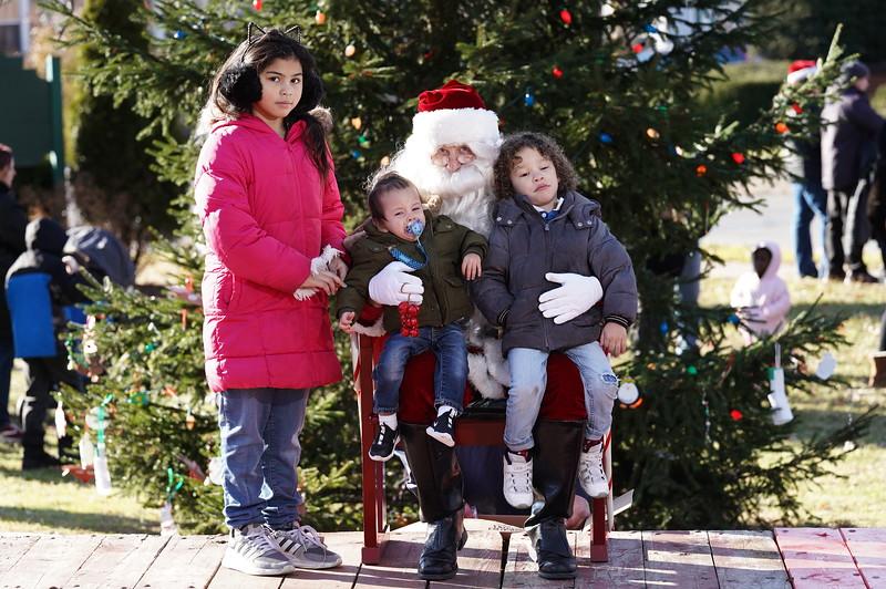 Santa In The Park 20190077.JPG