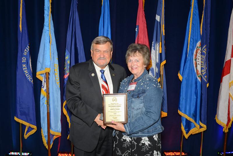 Outstanding Member Awards 115617.jpg