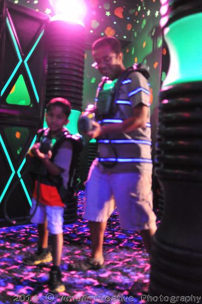 2014-09-13_DennisBDay@LaserBounceLevittownNY_25.jpg