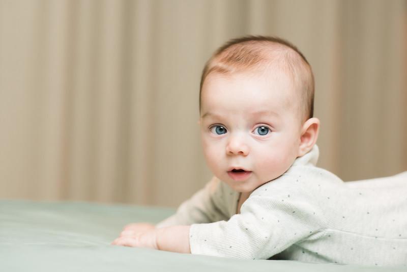 Newborn-Aaron-38.jpg