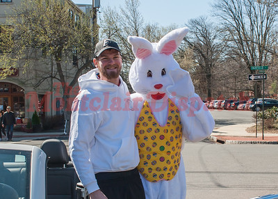 Easter Egg Hunt at Watchung Plaza, Montclair NJ 2016