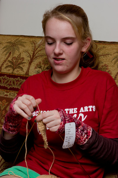 Claudia knitting