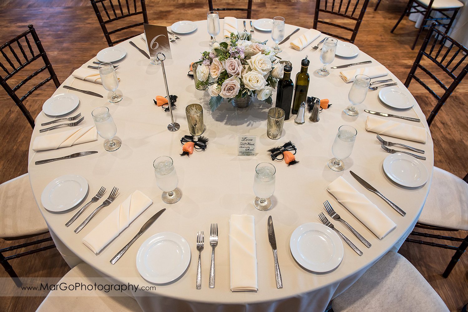 wedding table decor at Livermore Garre Vineyard and Winery reception
