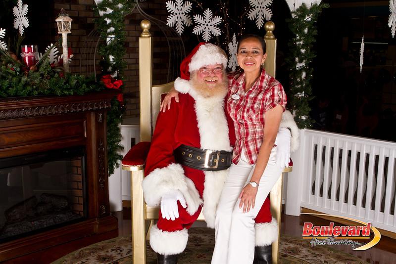Santa Dec 15-280.jpg