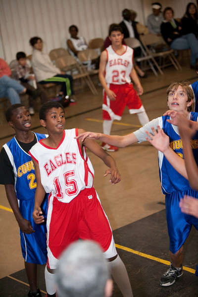 RCS-MSBoysBsktball-Dec.17.2009-003.jpg