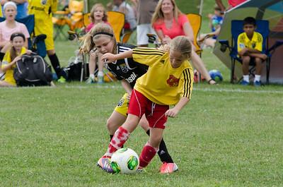 GU10Aqua - Crew Jrs West Gold vs Bees Soccer Acad