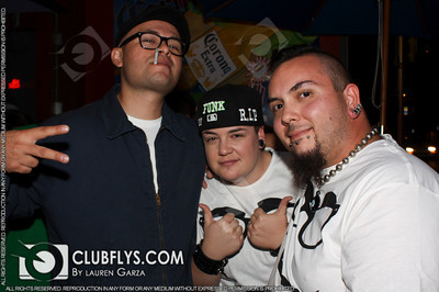 2010-11-03 [DJ Cookee's Birthday, Bobby Salazars, Fresno, CA]