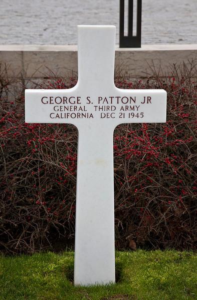 patton_grave.jpg