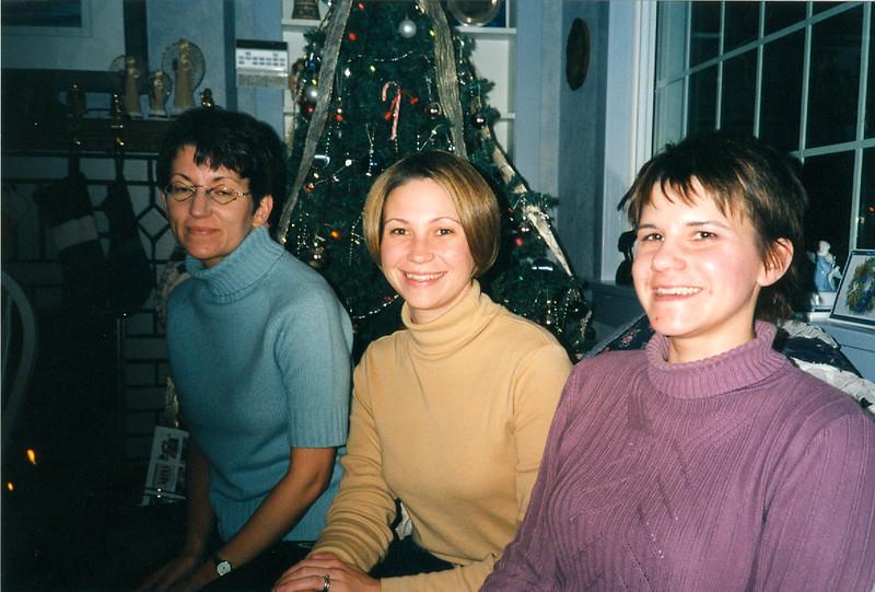 Christmas 2001 2-1.jpg