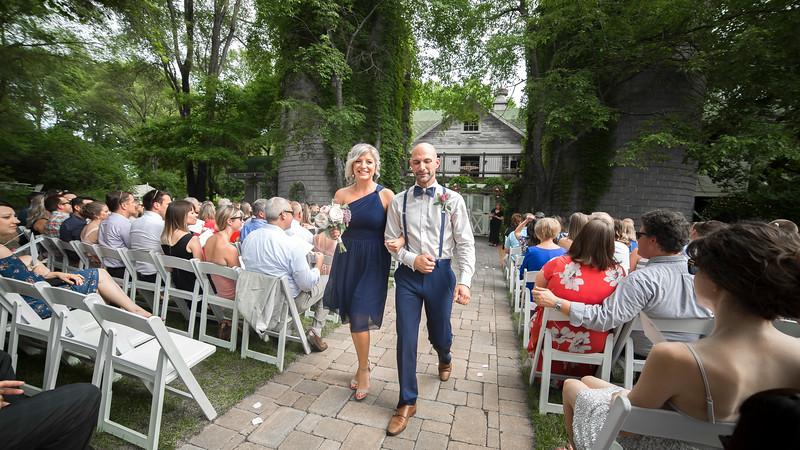 Garrett & Lisa Wedding (422).jpg