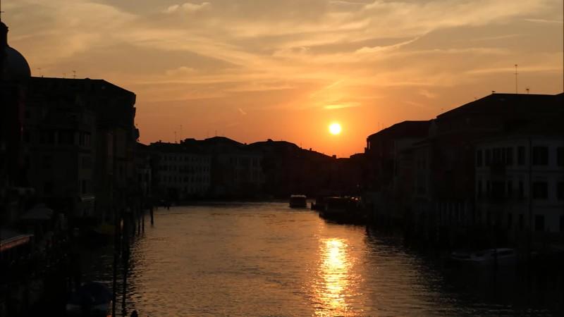 V-Sunrise in Venice.mp4