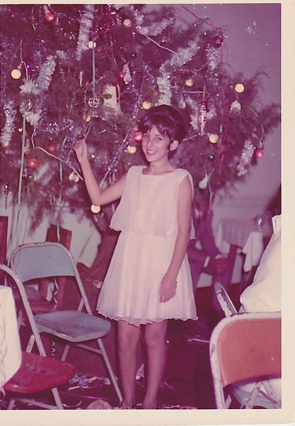 31 Dezembro 1965 _ Andrada Arvore de Natal do salao de festas de Andrada  Zelinha Adalberto