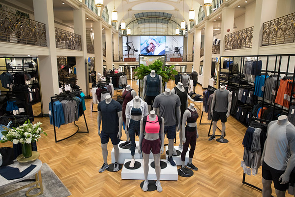5th Ave Store Opening